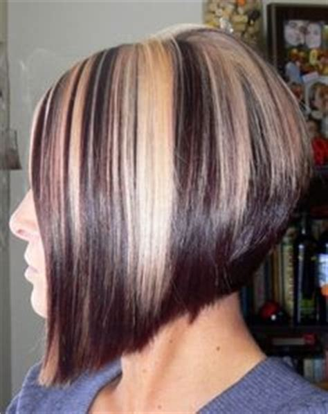 chocolate hair color with highlights for angled bobs blonde angled bob with chunk brown lowlights i like this