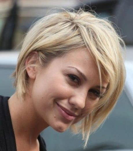 short trendy hair cuts for moms in the go pictures of short hairstyles 2015