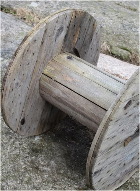 Easy Home Decorating Ideas On A Budget Diy Cable Spool Table Cool Coffee Table For Your Living Room