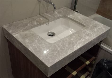 knightsbridge vanity tops in caesarstone bianco drift