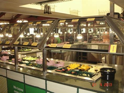 buffet salada e frutas picture of golden corral orlando