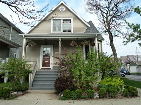 corner house curb appeal the chicago real estate local curb appeal ravenswood