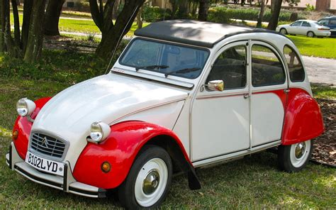 citroen 2cv citro 203 n 2cv deux chevaux two horsepower wonder