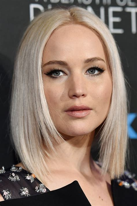 golden blonde long bob for women hairstyles weekly from golden girl curls to platinum cool track jennifer