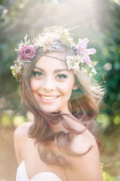 Flowers Hair Wedding by Tips And Ideas For Wearing Fresh Flowers In Your Hair For