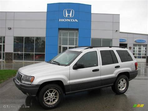 2002 bright silver metallic jeep grand laredo 4x4 19501121 gtcarlot car color