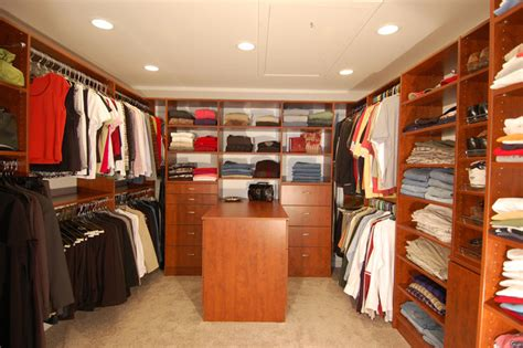 How Big Does A Walk In Closet Need To Be by Large Walk In Closet Md Traditional