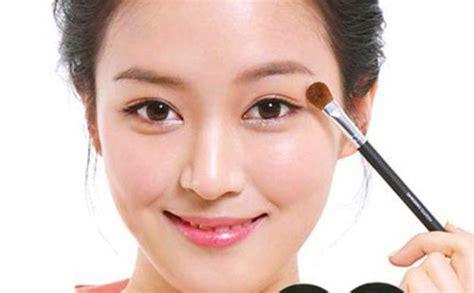 tutorial cara dandan cara make up natural untuk remaja dan gambarnya