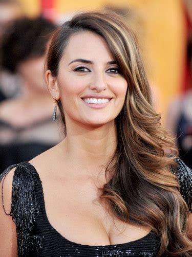 model rambut usia 40 thn model rambut untuk wanita usia diatas 40 tahun trend