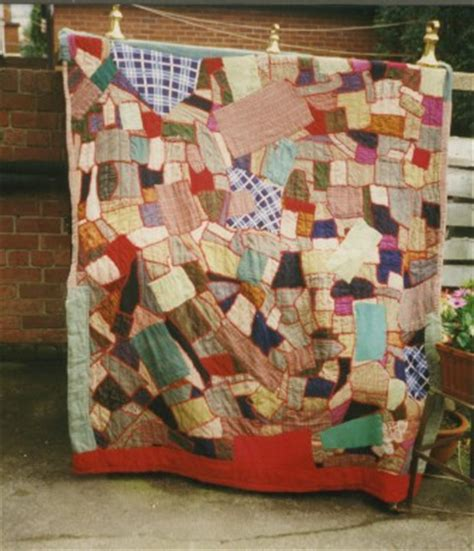 Patchwork Ireland - early patchwork quilts and traditions by roselind shaw