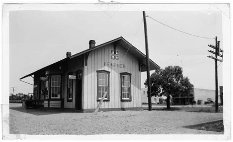 gulf colorado santa fe railway depot kempner