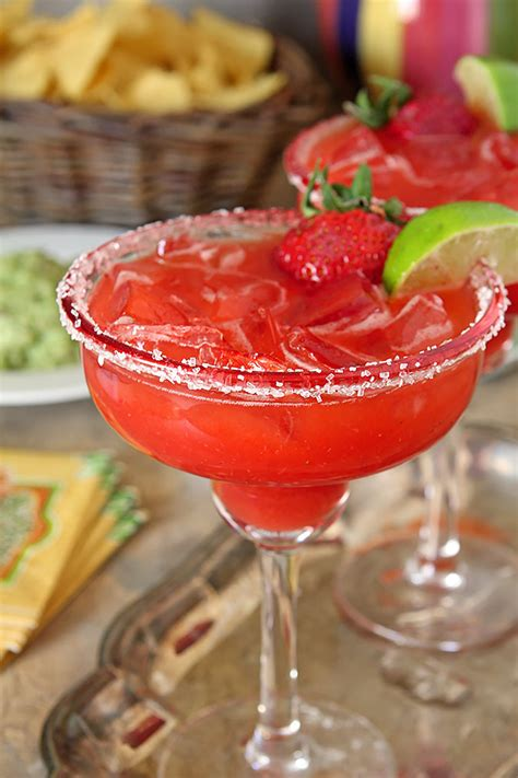 strawberry margarita fresh strawberry margaritas creative culinary