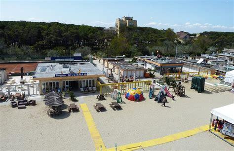 Bagno Giuliana Pinarella Coupon Spiaggia E Pranzo Al Bagno Italia E Giuliana A