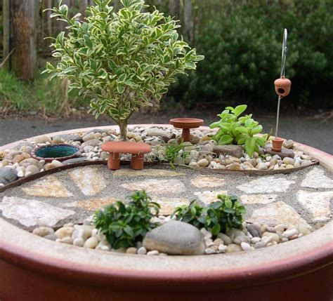 Mini Zen Garden by Mini Zen Garden Ideas 9 Best Garden Design Ideas