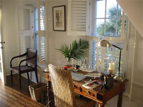 the top stylist india hicks home office design pottery a library of design inspiring lives the tylers india