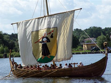 viking boats pictures viking ships wikipedia