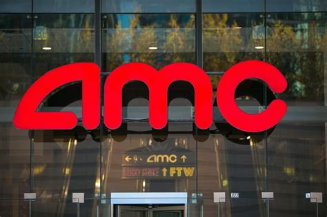 amc theatres will not allow texting you spoke we listened amc will not allow texting in theaters 91x