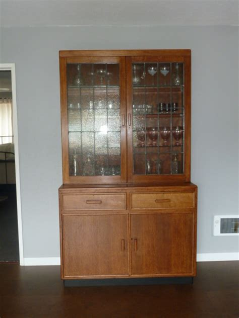 Visit Hutch Easter Robbie S Visit And Refinished Hutch Leesbigadventure