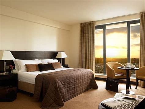 hotel bedrooms give your home a stylish hotel ambiance