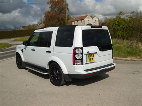land rover discovery 2015 white 2015 65 land rover discovery 4 3 0sdv6 255bhp hse yulong