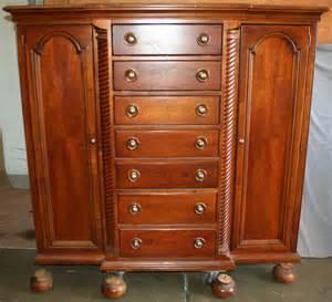 120210 furniture industries dresser h 66