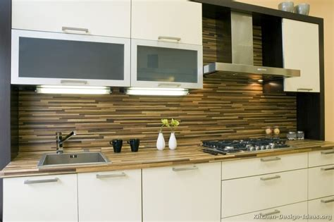 Backsplash For White Kitchen Cabinets by Pictures Of Kitchens Modern White Kitchen Cabinets