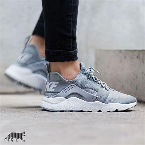 Sepatu Wanita Nike Free Run Sneakers Running Sport Olahraga Lari Ii 14 best nike tanjun images on nike tanjun