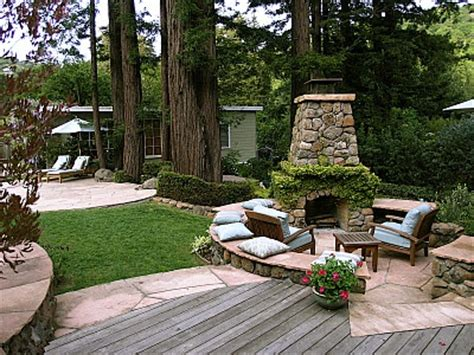 Circular Outdoor Fireplace by Outdoor Fireplace Patio The Circular Space Needs A