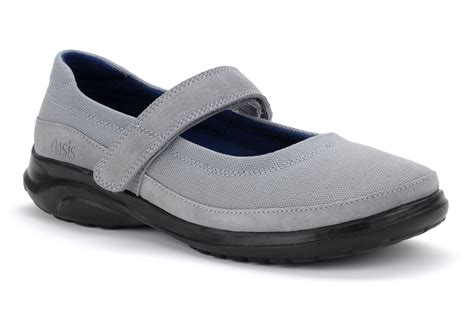 most comfortable mary jane shoes 8 absolute comfortable mary jane shoes serpden