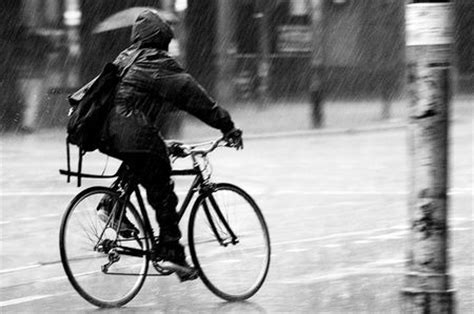 cycling in the rain clothing wet weather no problem a short guide to biking in the