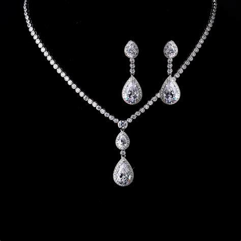 teardrop bridal necklace and earrings set gabi cubic