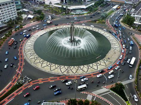 2 Di Ibox Jakarta bundaran hotel indonesia morning jakarta