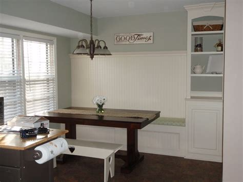 Kitchen Banquette Plans by Remodelaholic Kitchen Renovation With Built In Banquette