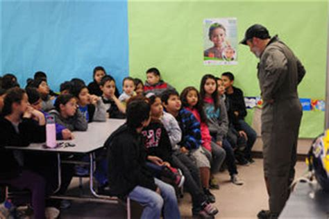 phil swing school brawley brawley native smokejumper presents to fourth graders at