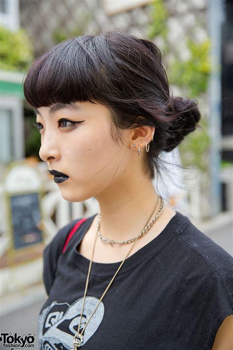 black fashion black lipstick chain platform