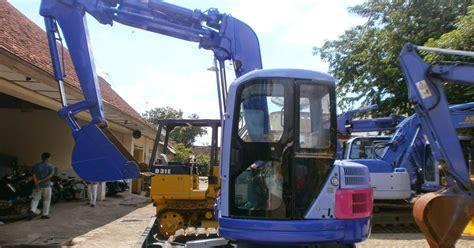 Mini 2 Surabaya excavator mini pc75uu 2 sn 10718 toko alat berat surabaya