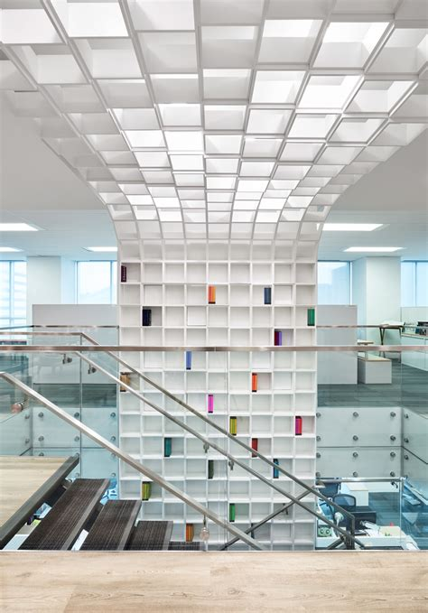 Ceiling To Floor Govan by Penguin Books Eventscape