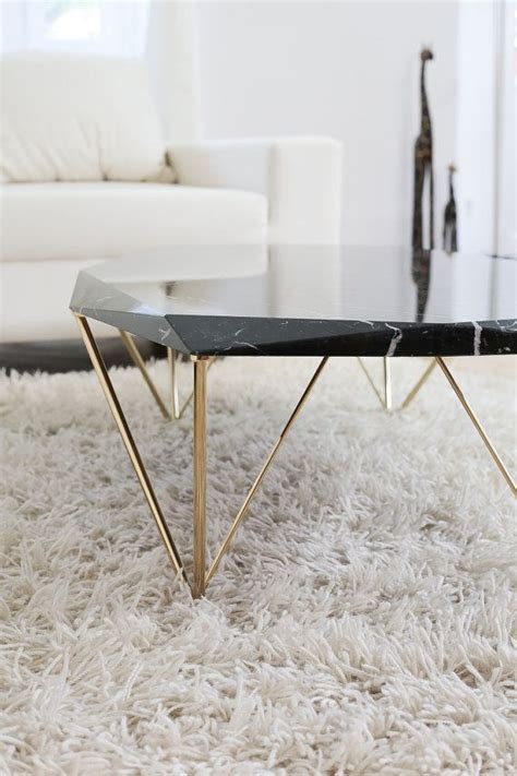Living Room Side Table Ideas by Best 25 Black Marble Coffee Table Ideas On Pinterest