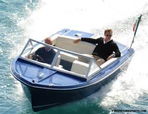 speed boat in quantum of solace look no life jacket health and safety bond finally