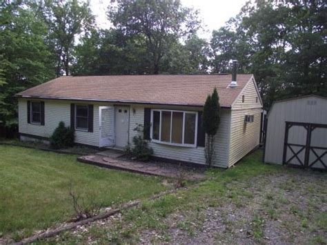 145 darcy dr saylorsburg pa 18353 foreclosed home