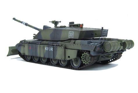 challenger 2 tank model hattons co uk easy model 35011 challenger ii
