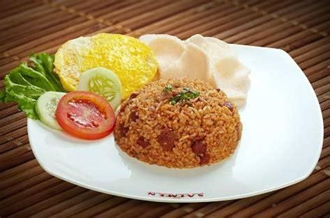 membuat nasi goreng biasa yang enak cara membuat nasi goreng sederhana yang lezat dan enak