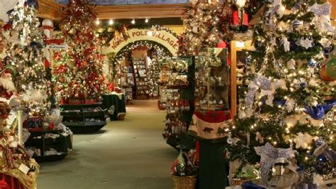 holiday place north pole lane picture of christmas place pigeon forge tripadvisor