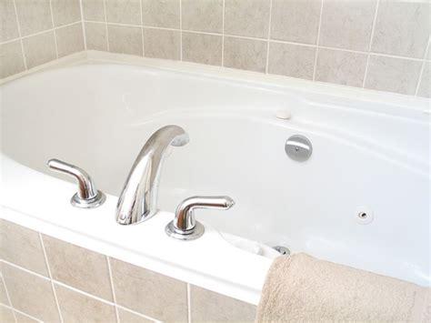 sovrapposizione vasche da bagno prezzi sovrapposizione vasca da bagno arredo bagno