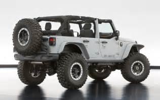jeep wrangler mopar recon rear three quarters1