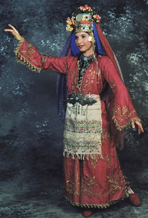 Turkey 60 Dress bridal costume from muğla 1925 1950 with goldwork embroidered silk 252 231 etek robe with