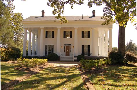 plantation homes com the history of the antebellum plantation style home