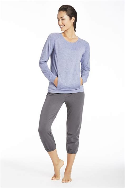 Comfortable Workout Clothes by Clothes Kate Hudson And Workout On
