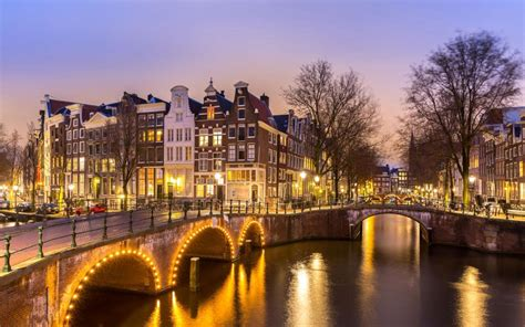 In Amsterdam by Amsterdam City Guide