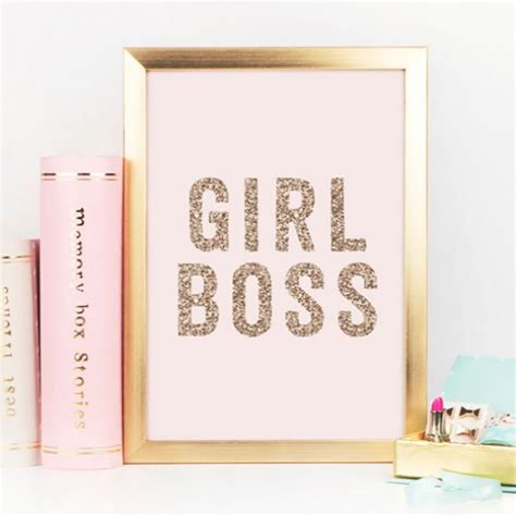 3 tips to become a girlboss the guide